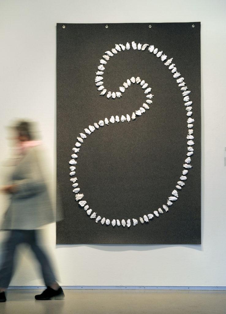 Nederland, Amstelveen, 16-06-2014. Overzicht 6e editie Amstelveen Triënnale ( werk van 44 kunstenaars op 4 locaties ). Hier: Cobra Museum voor Moderne Kunst. Werk van Stef Kreymborg 'Six degrees of separation' ( 2013). Foto(c) Paul van Riel / HH
